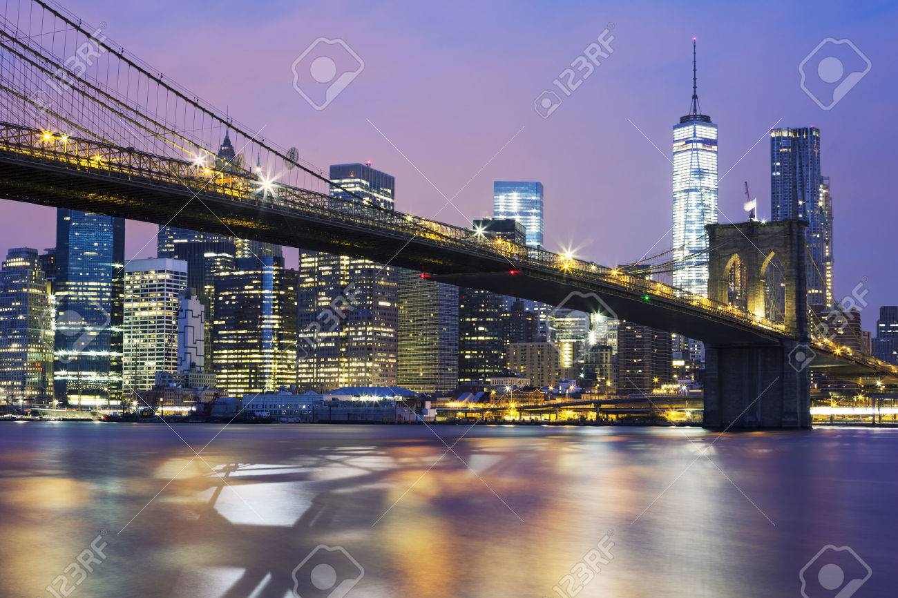 Brooklyn bridge at dusk, New York City - 43294884