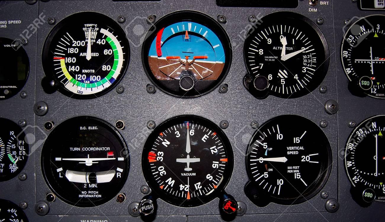 light aircraft flight instruments