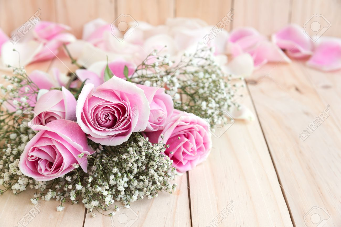 Roses for lover with copy space beautiful flower love concept roses for lover with copy space beautiful flower love concept for valentines day izmirmasajfo