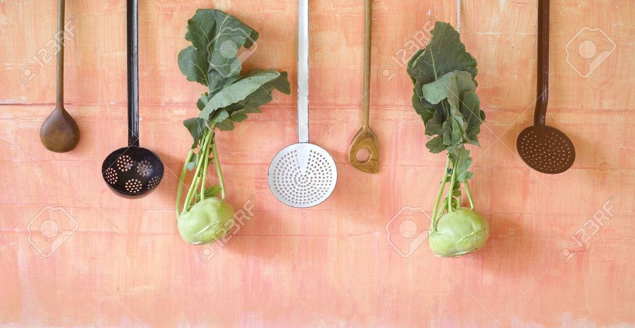 Emejing Vecchi Utensili Da Cucina Photos - Embercreative.us ...