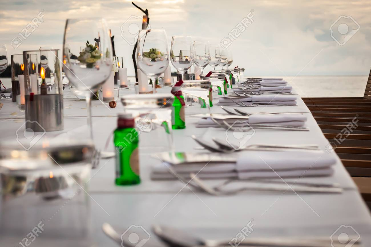 Long table wedding dinner setup on the beach at Thailand Stock Photo - 84619556 & Long Table Wedding Dinner Setup On The Beach At Thailand Stock Photo ...