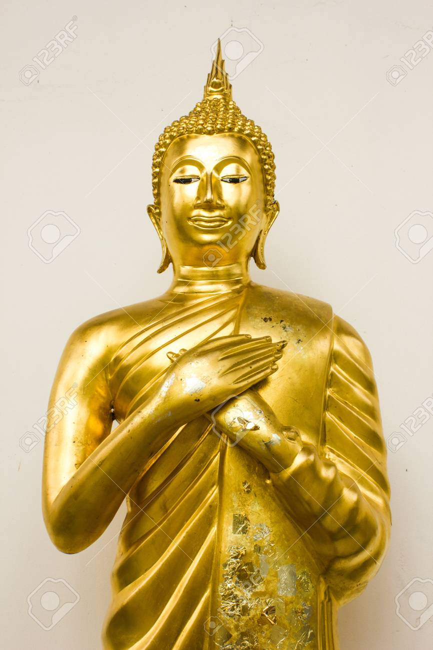 Buddha statue in the church at wat hualampong, Bangkok, Thailand Stock Photo - 14975227