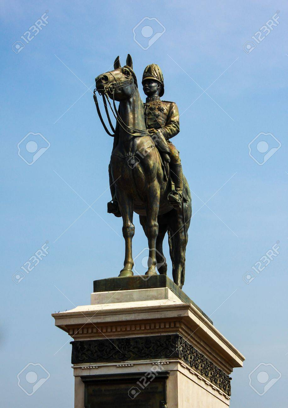 King Rama V Equestrian Monument Stock Photo - 17189980