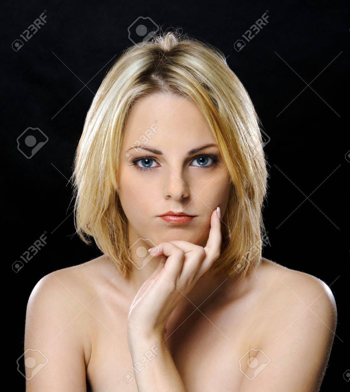 Sorority girls nude threesome