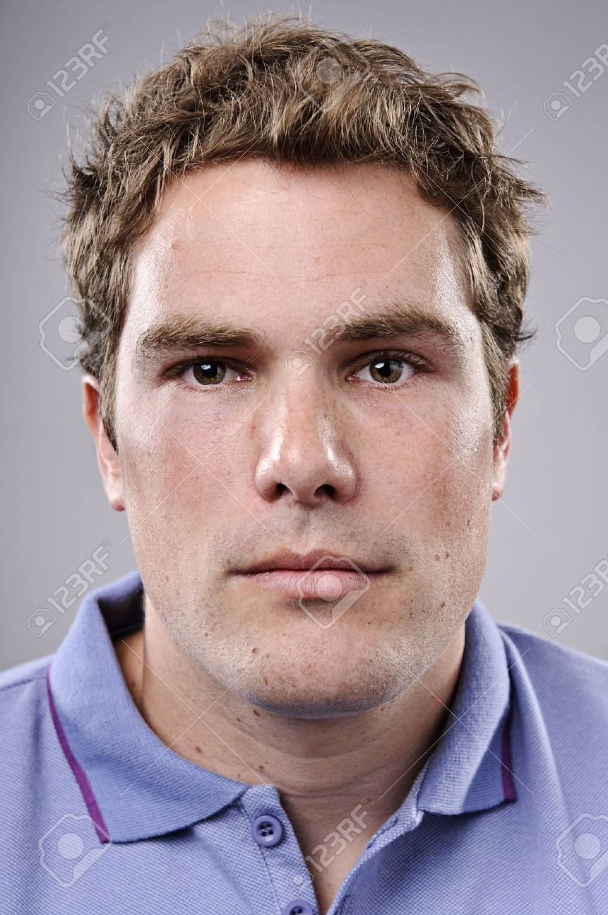 Portrait of a sporty young man Stock Photo - 10142347