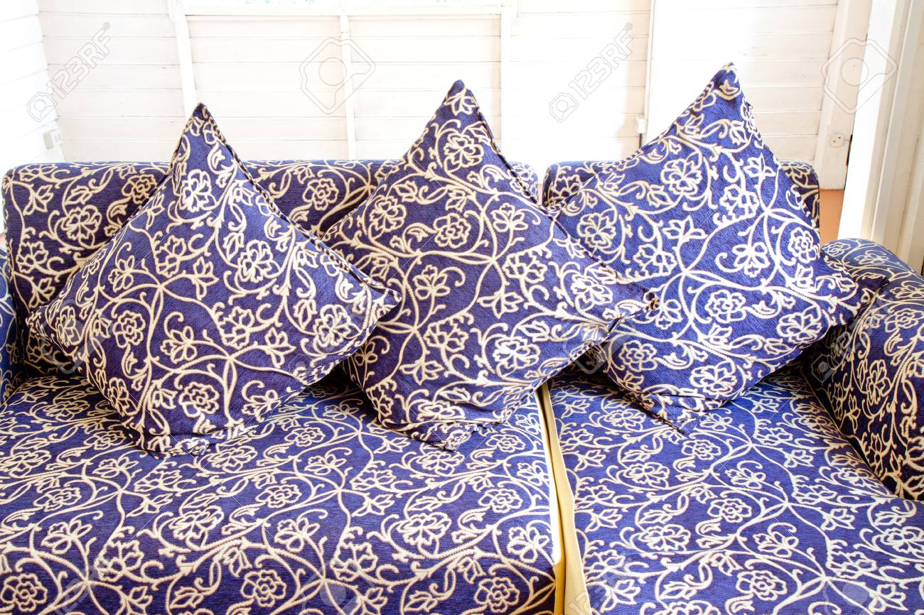 Admirable Vintage Pillow On Vintage Sofa Set Lamtechconsult Wood Chair Design Ideas Lamtechconsultcom