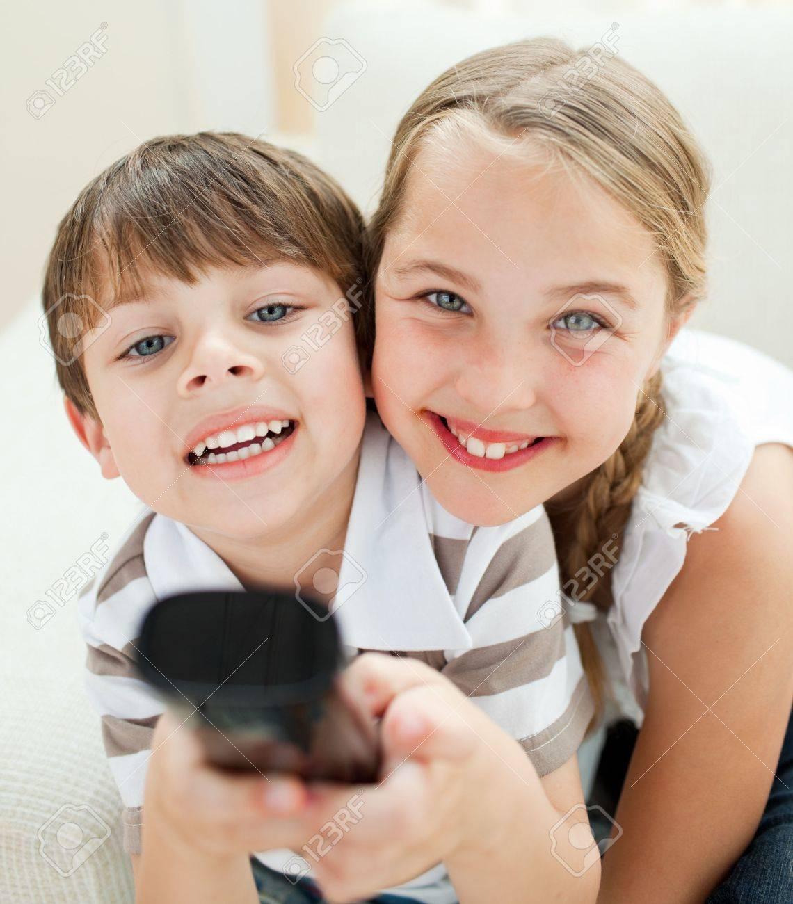 Восемьсот граммов секс картинки брат с сестрой был