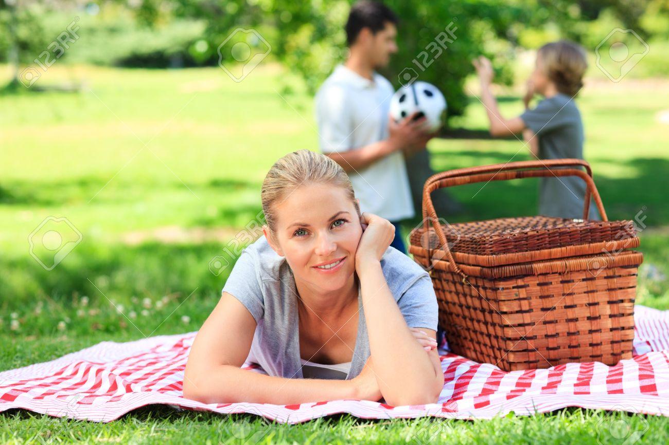 Сын и мать на даче фото 18 фотография