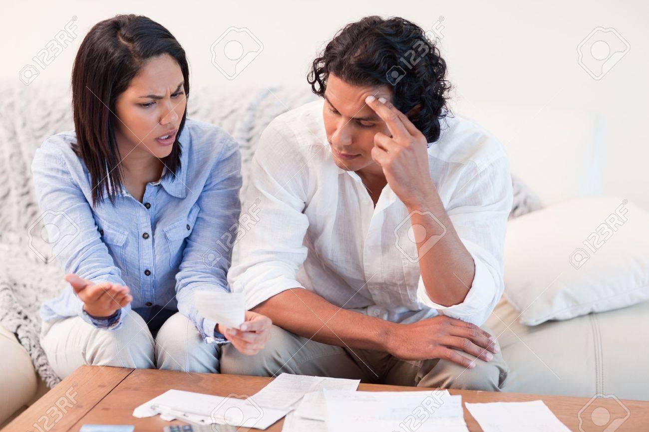 Resultado de imagen para couple talking