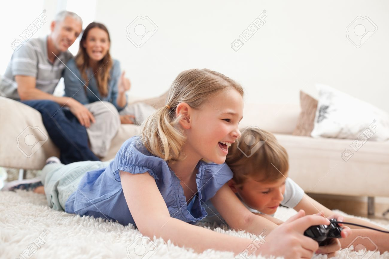 brat-trahnul-sestru-v-popku-porno