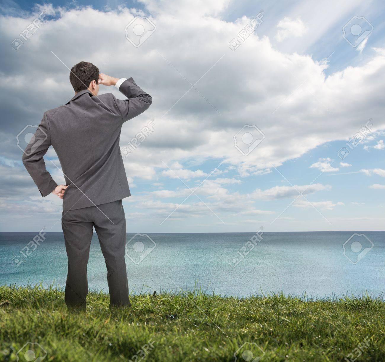 Resultado de imagen para mirando al mar