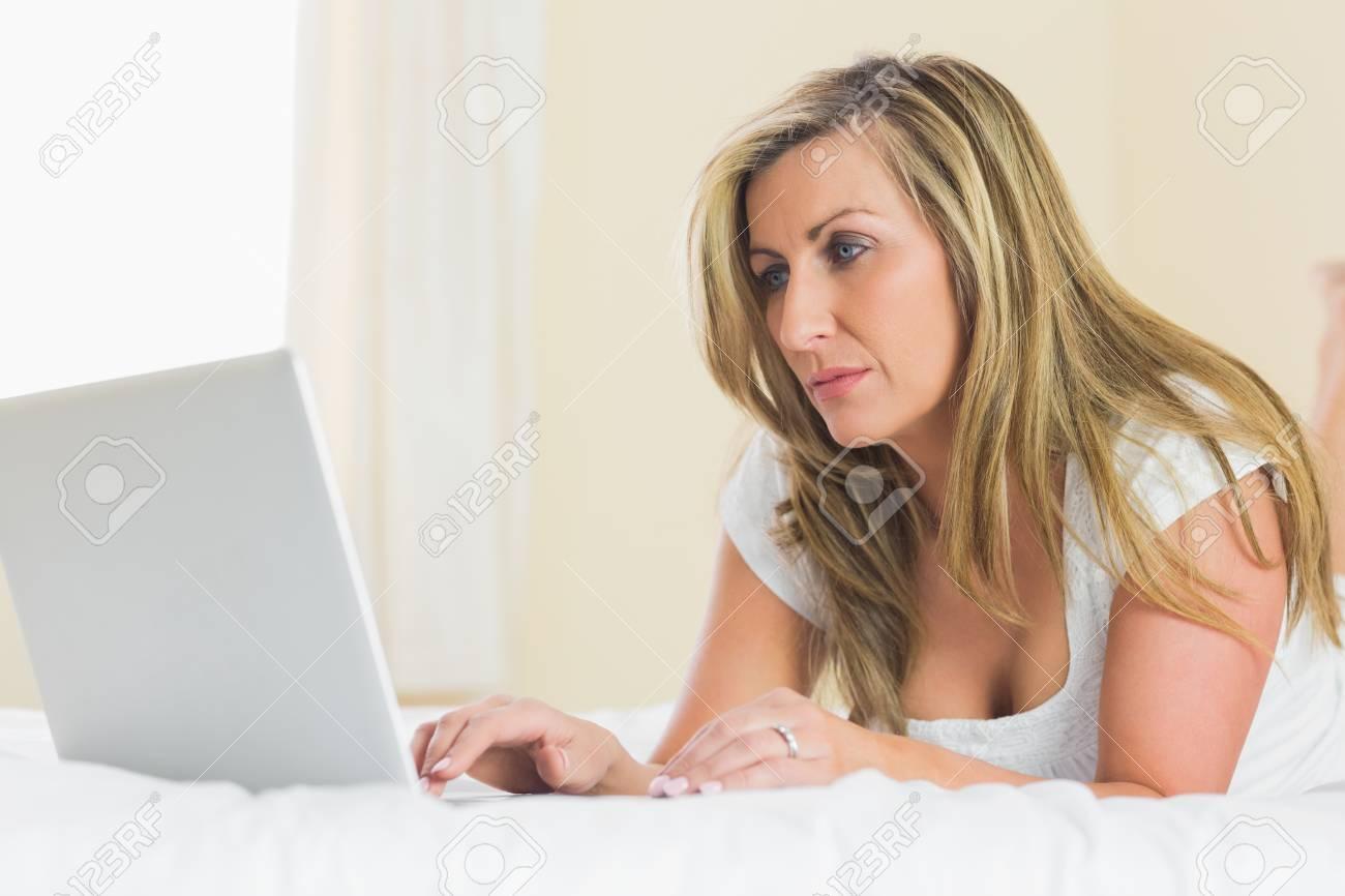 Caught wife fingering her ass