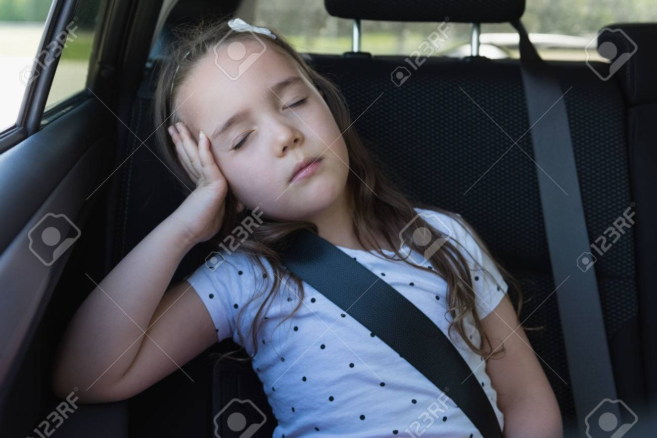 Sleeping In Car >> Cute Girl Sleeping At Back Seat Of Car