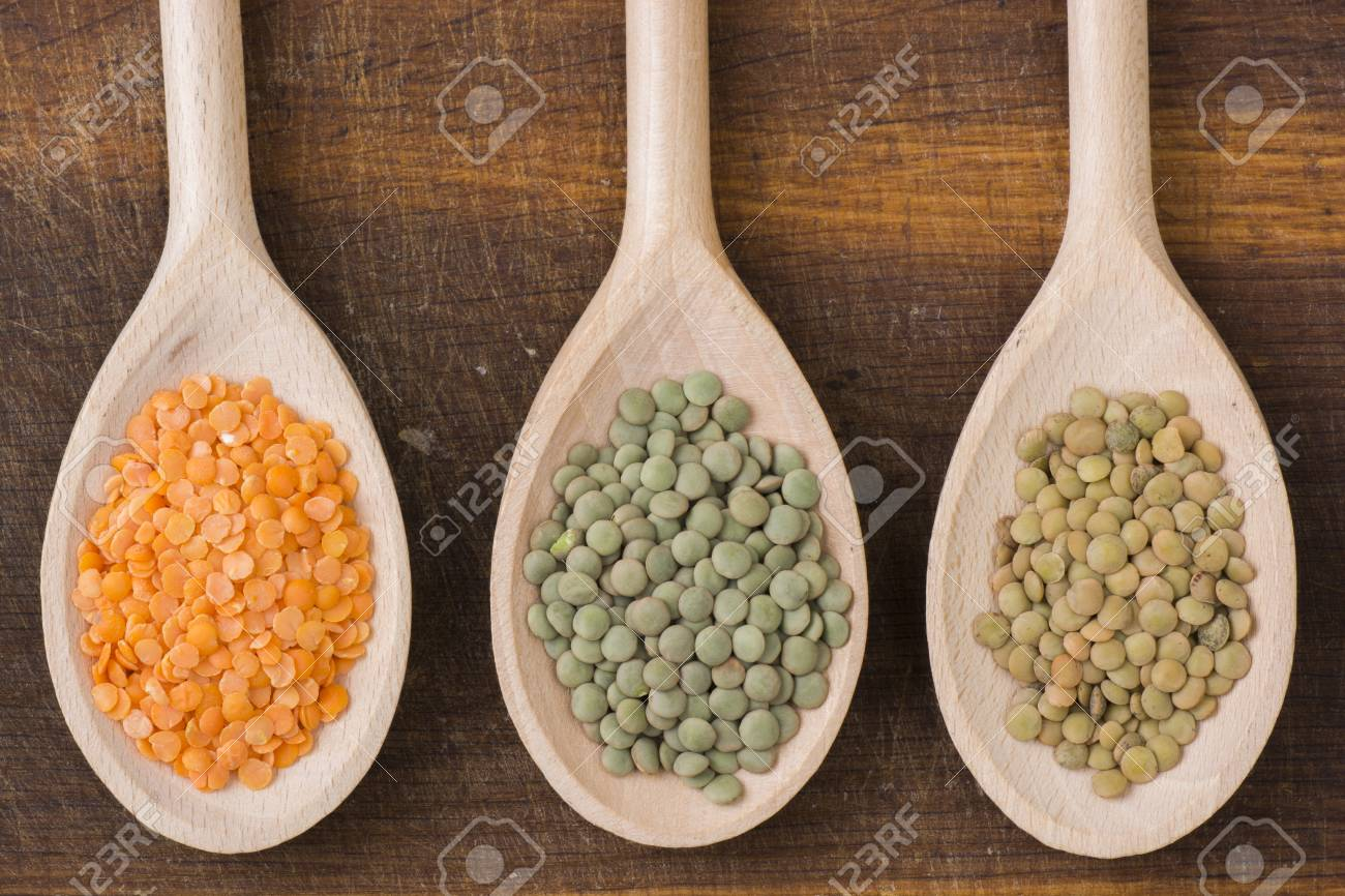 Three kinds of lentil on spoons - 60070023