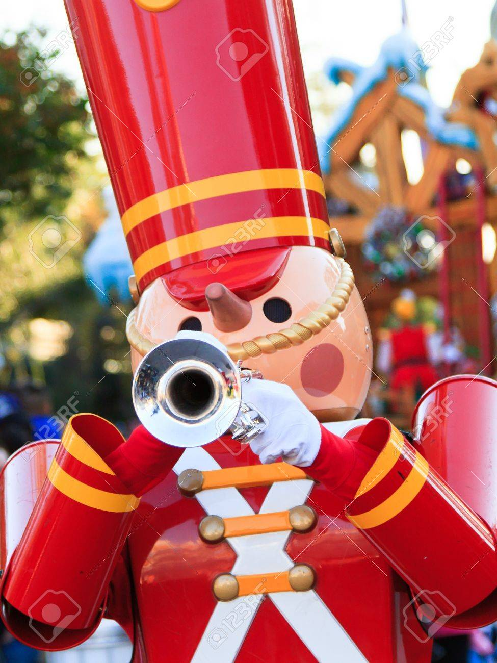 A toy soldier playing the trumpet in celebration of the year end holidays Stock Photo - 11840906