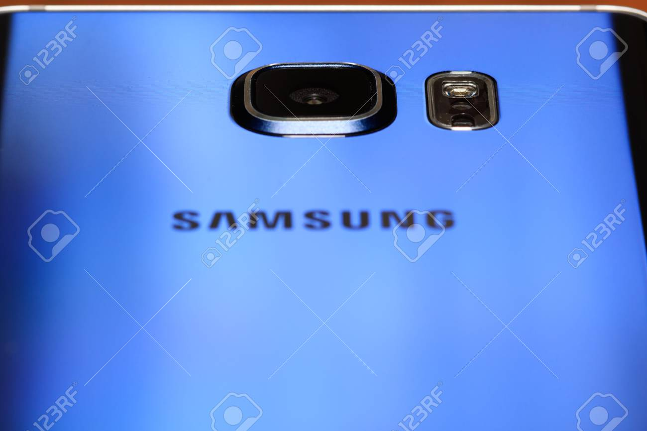 Product images for a 32gb black sapphire Samsung Galaxy Note 5 Stock Photo - 53870233