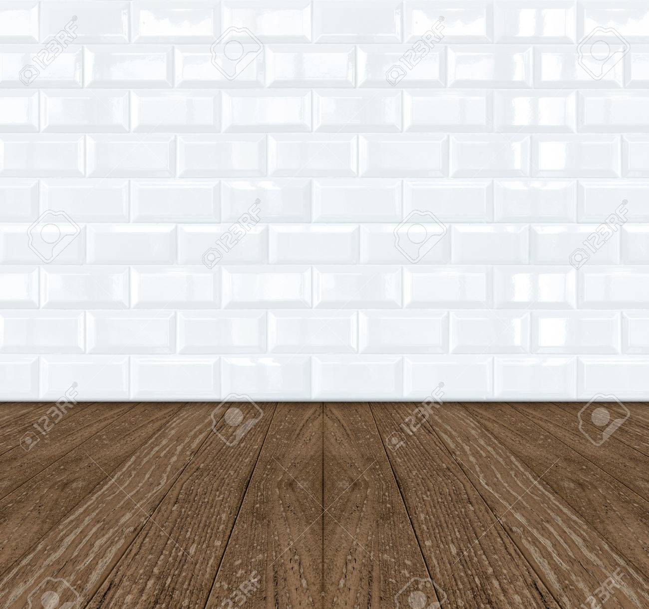 Weiße Keramische Ziegel Fliesen Wand Holzboden Lizenzfreie Fotos - Weisse backstein fliesen