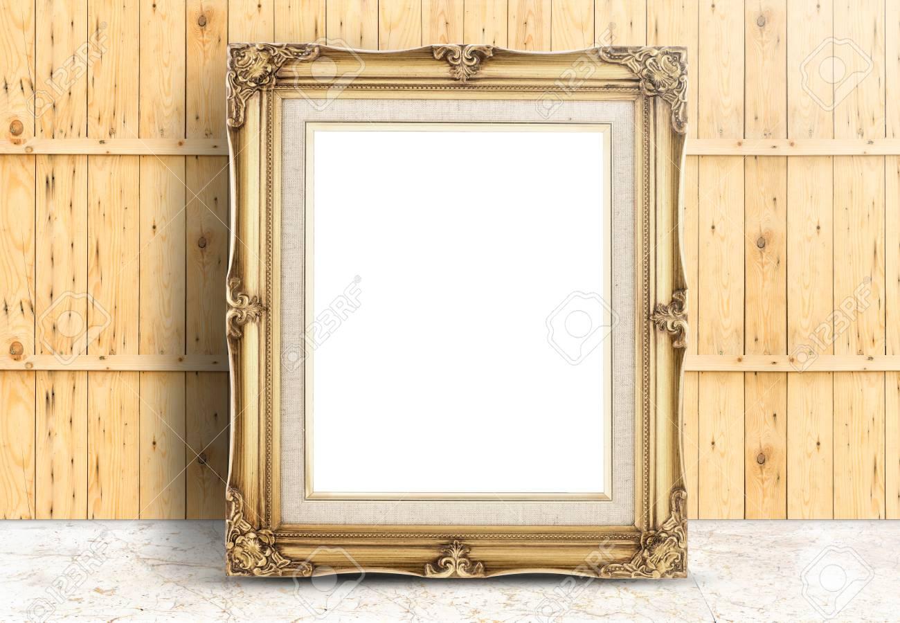 Blank Goldenen Vintage-Rahmen Auf Marmorböden Und Dielenholzwand ...
