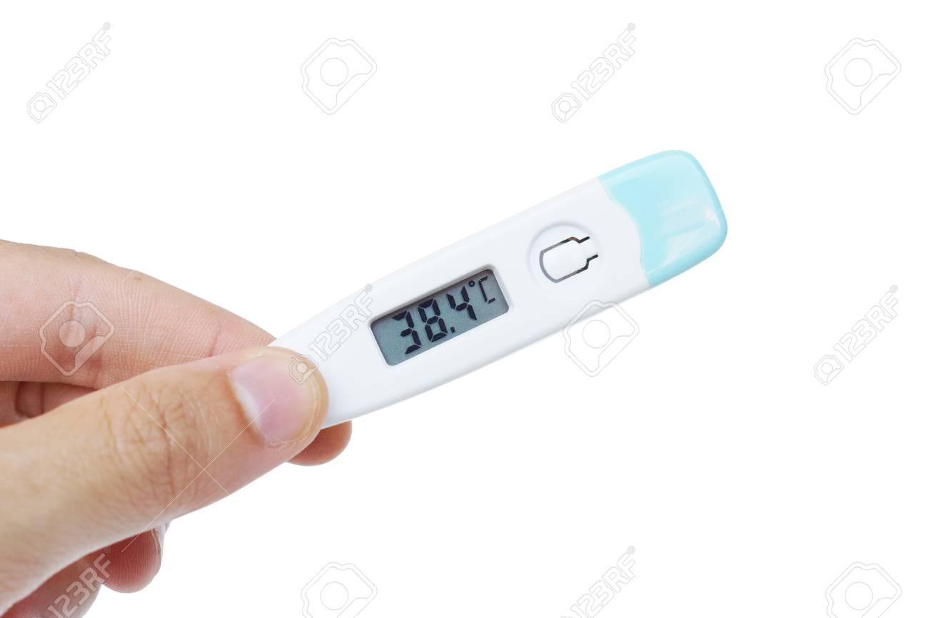 Immagini Stock Mano Che Tiene Un Termometro Con Una Temperatura Di Febbre Alta Di Piu Di 37 Gradi Celsius Image 63137624 Così deve essere il miglior termometro infrarossi. mano che tiene un termometro con una temperatura di febbre alta di piu di 37 gradi celsius