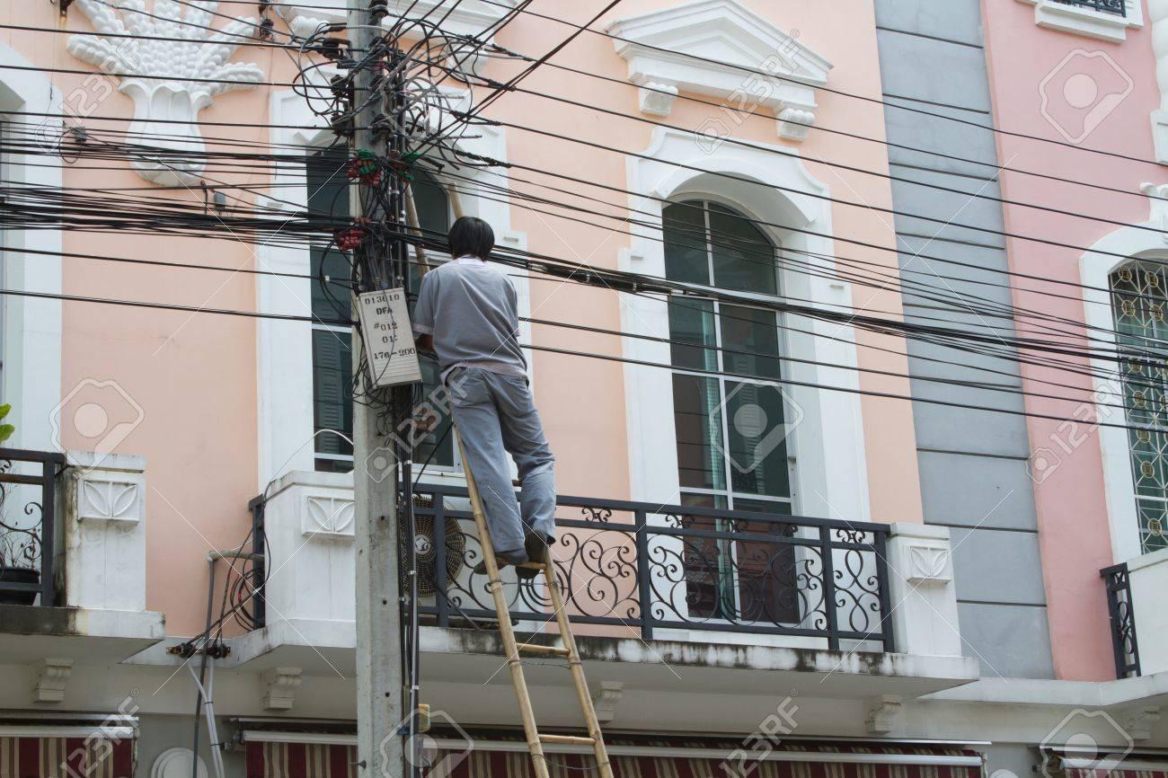 Cable repairman Stock Photo - 15847375