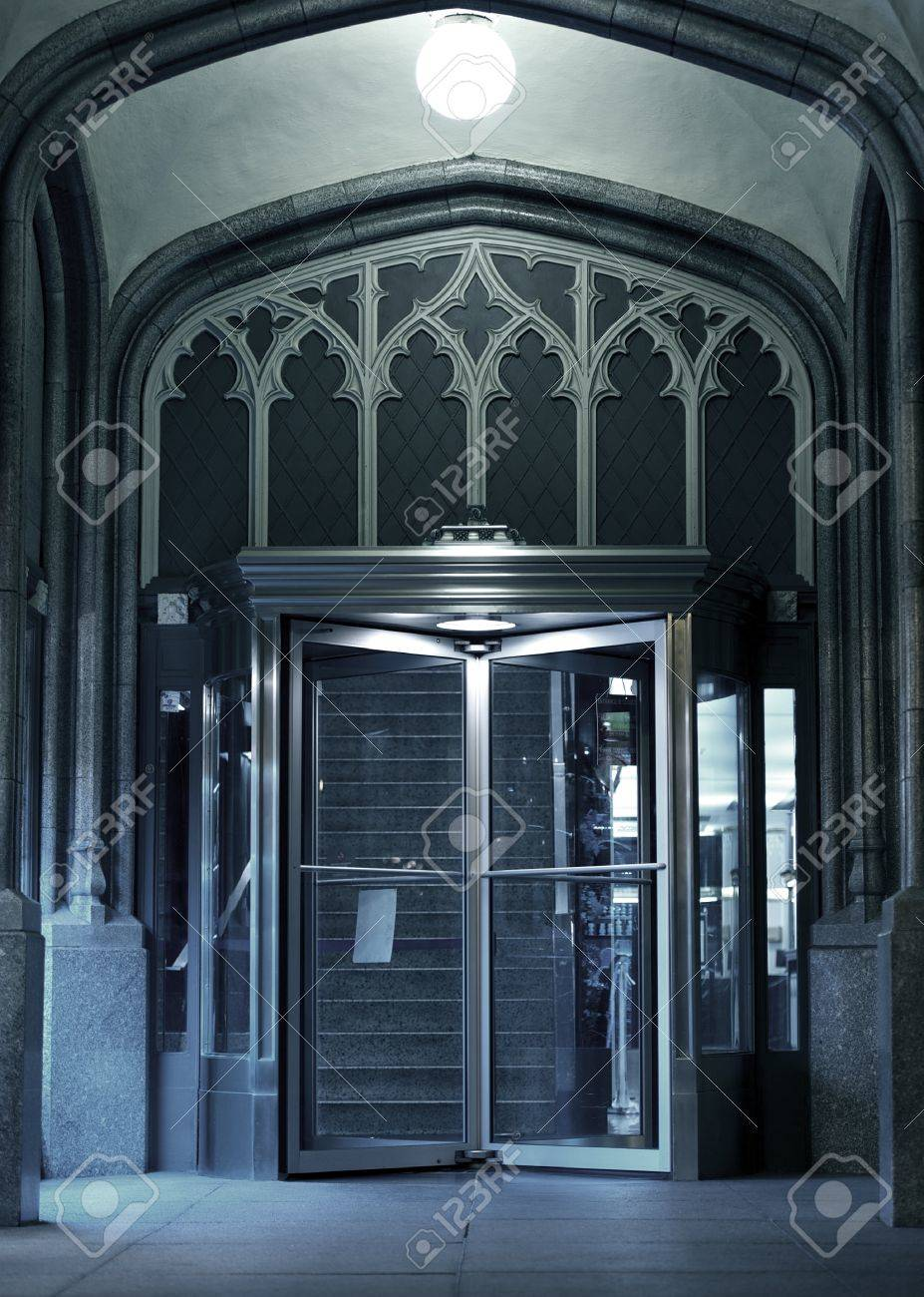 The Entrance - Chicago Architecture. Entrance with Glass Rotating Door. The Entrance - Vertical & The Entrance - Chicago Architecture. Entrance With Glass Rotating ... pezcame.com