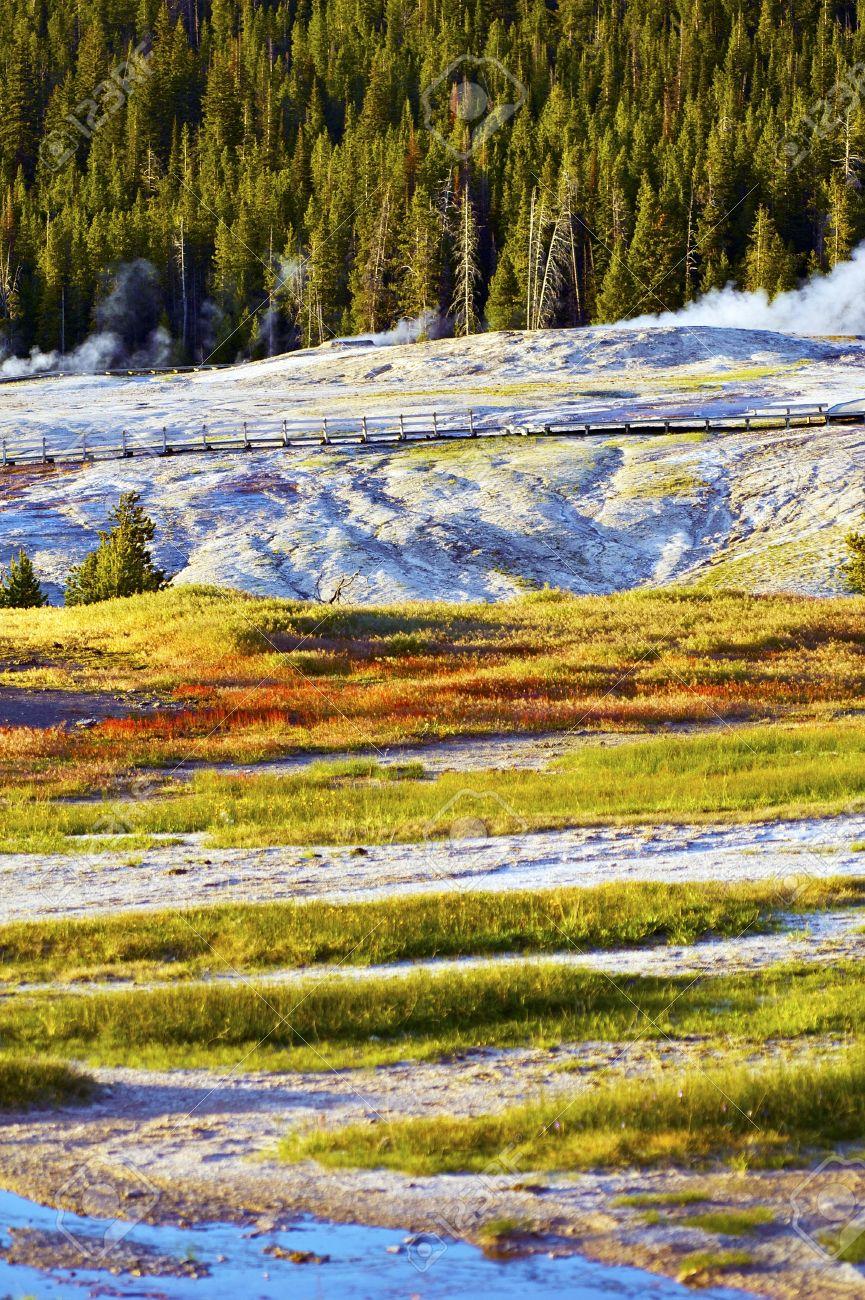 Yellowstone Harsh Conditions Upper Geyser Basin Yellowstone - Us national parks yellowstone