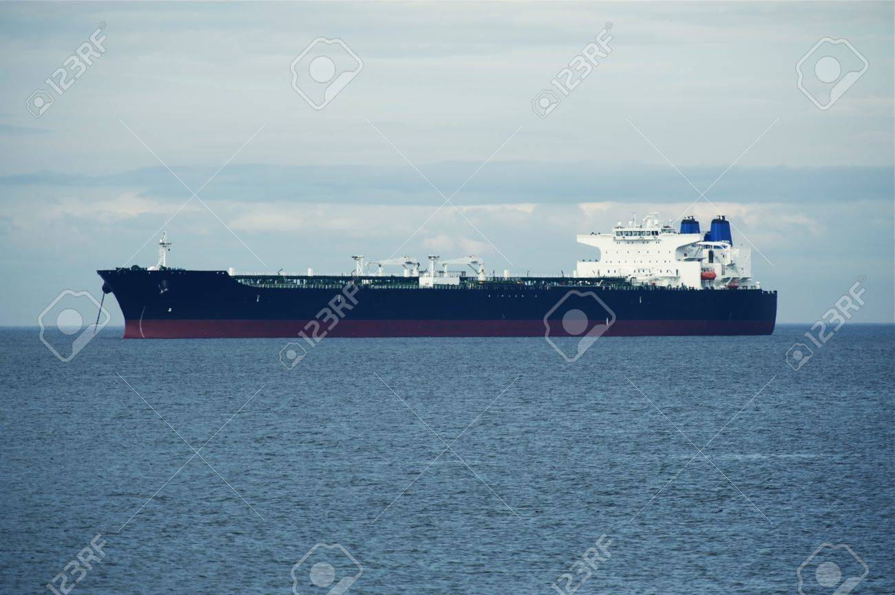 Large Ship on Sea - Transportation and Logistics Photo Collection. Transoceanic Spedition. Stock Photo - 14701198