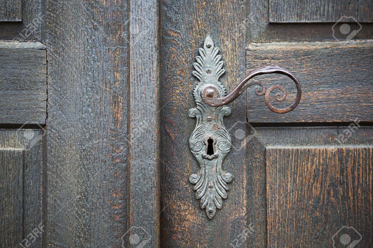 Old Wooden Entrance Door With Antique Door Handle Stock Photo   40258618