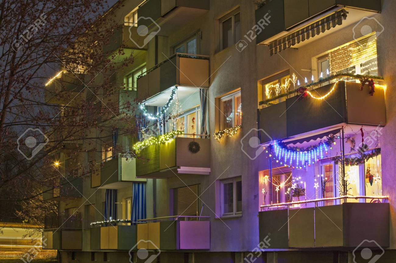 Alemania Stuttgart Apartamento Balcon Decorado Con Navidad