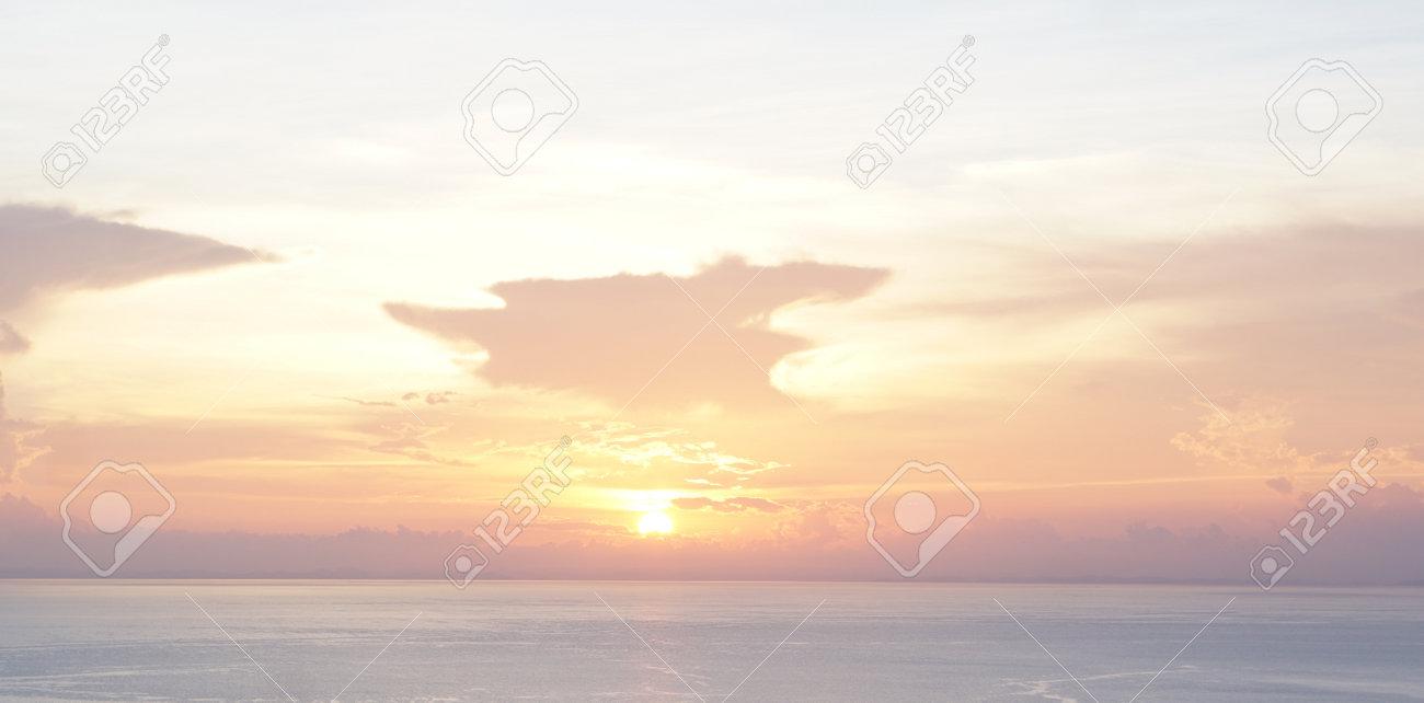 creative abstract sunset swirl background 3d illustration - 169664605