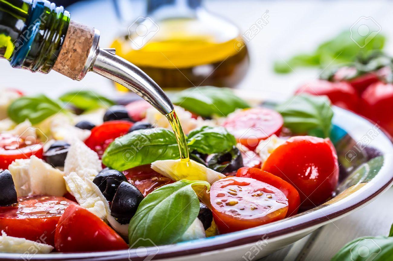 caprese. caprese-salat. italienischer salat. mittelmeer-salat