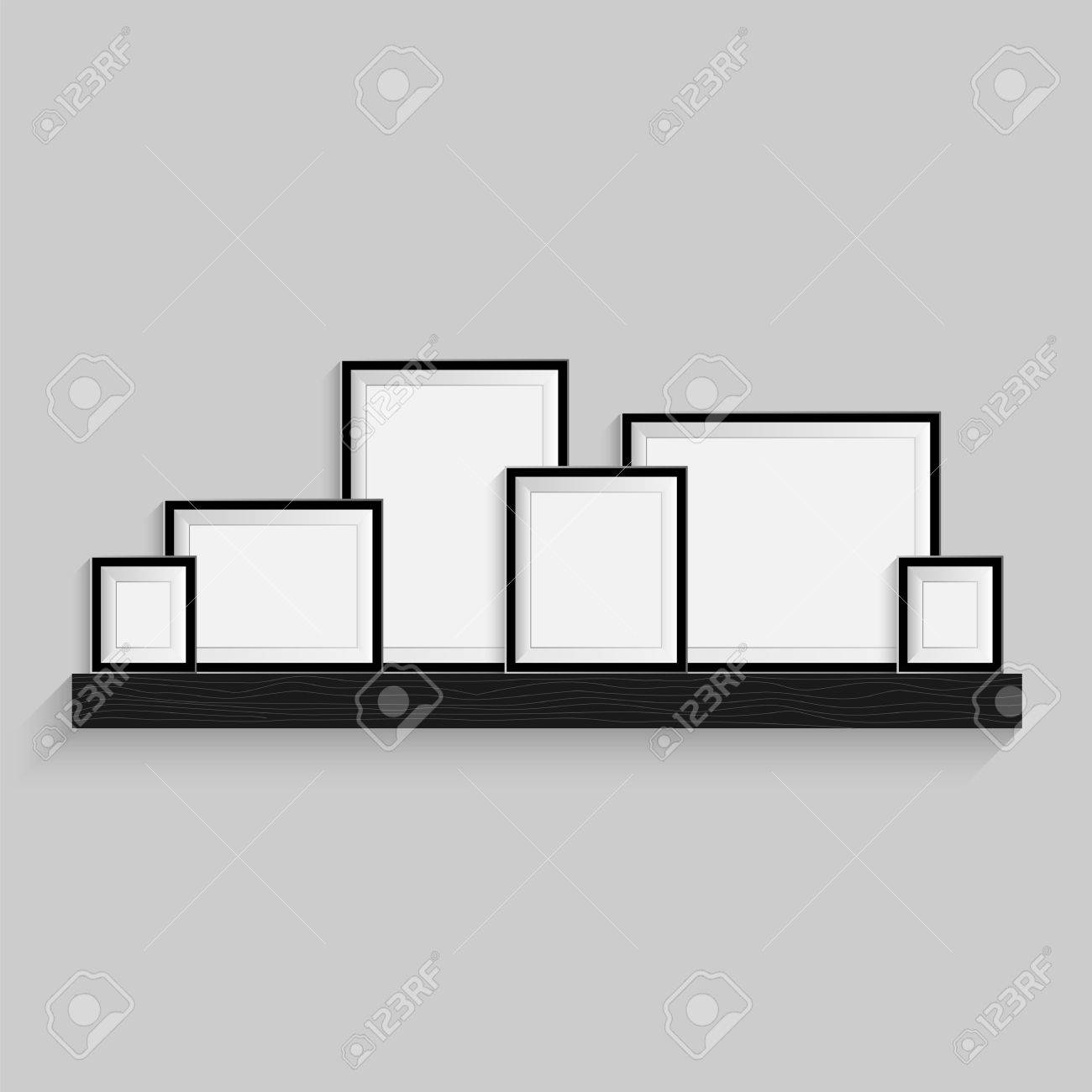 marcos para cuadros estn en el estante galera de arte de la foto aislada en