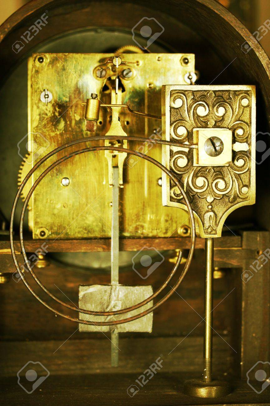 vintage mantle clock interior workings Stock Photo - 10614231