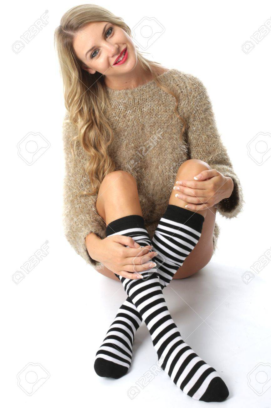 Sexy women wearing kneesocks photos