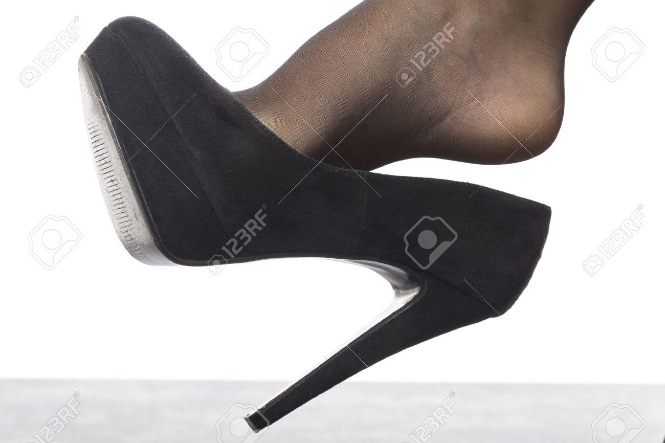 6bfff1bfb Zapatos de tacón alto y medias
