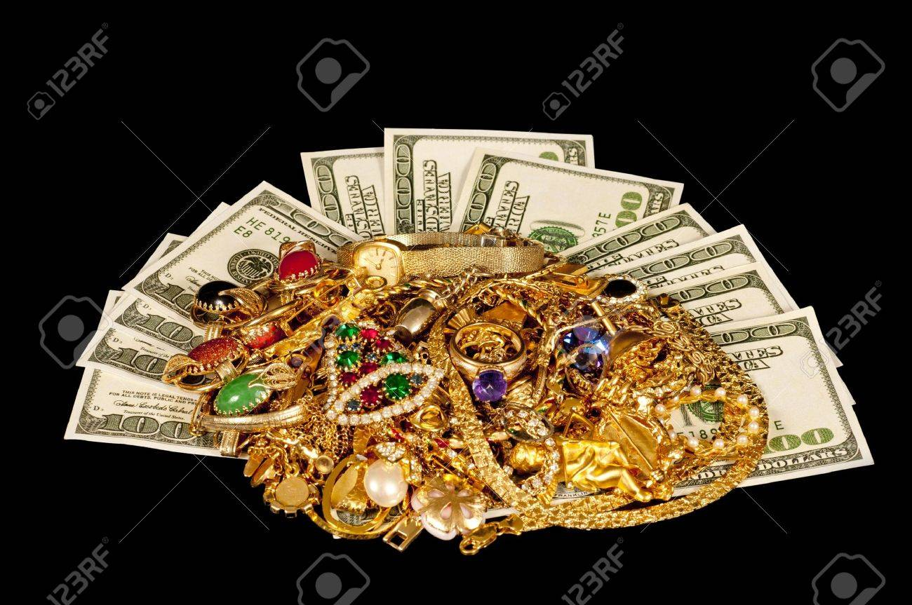 Sell Your Old Gold Jewelry For Cash Stock Photo Picture And Royalty