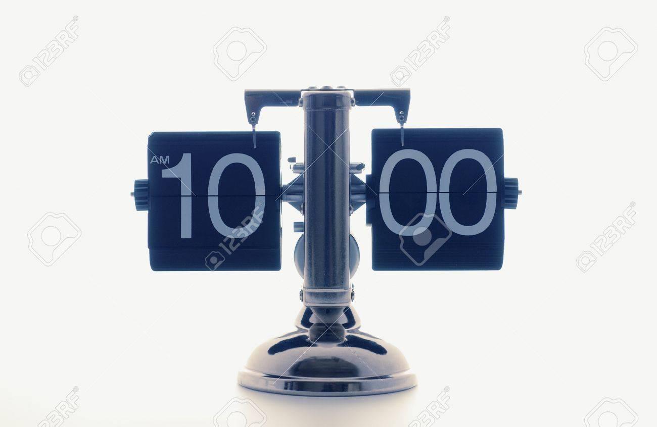 Clock Showing 10 O'clock Clock Showing 10 O'clock,white