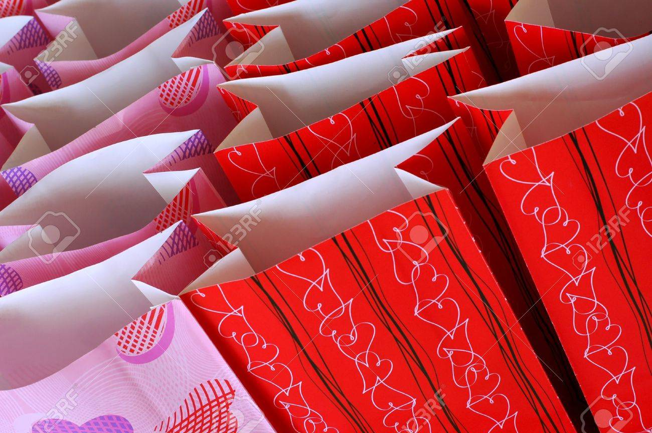Photo of Valentine's Day Treat Bags - 784307