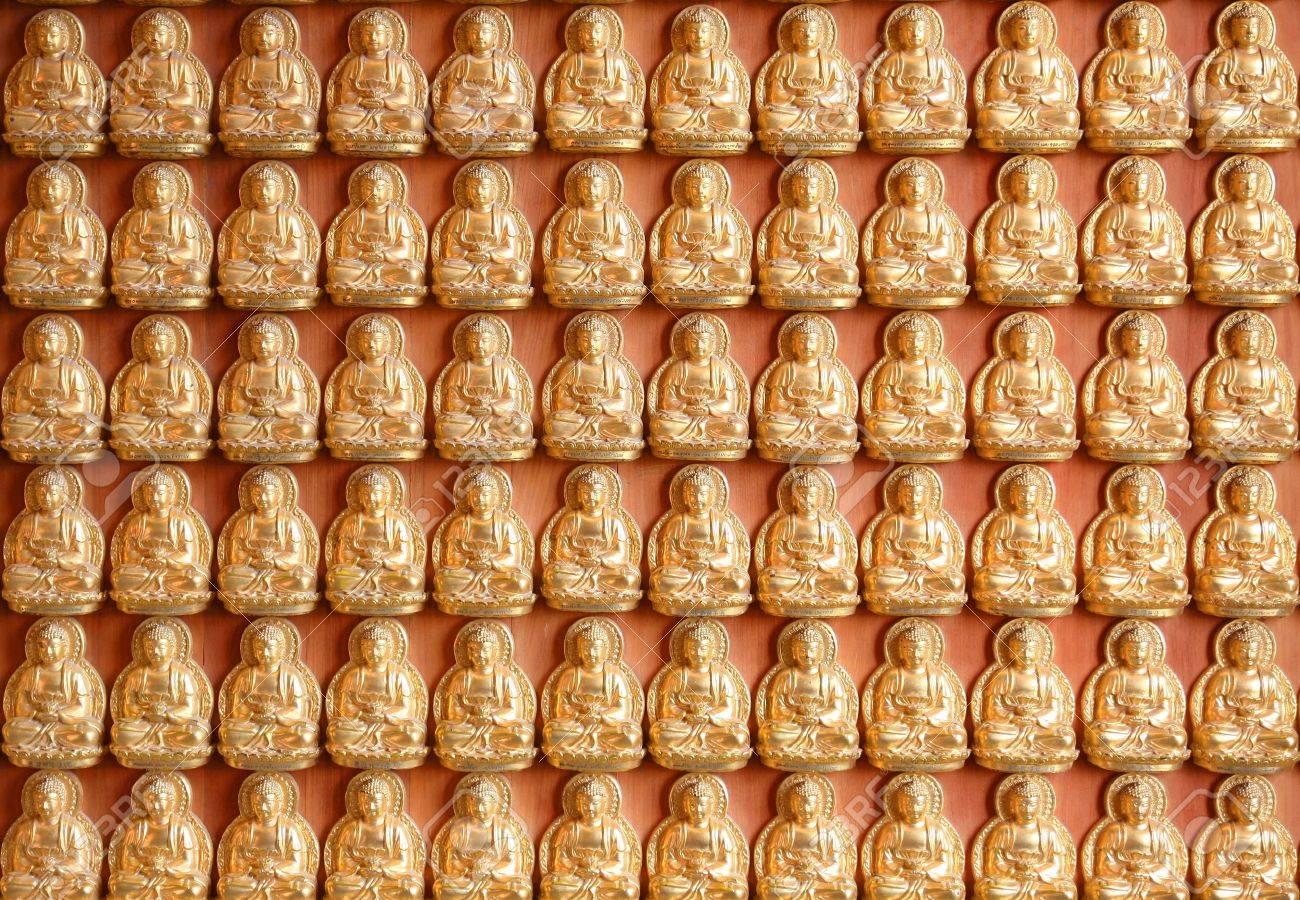 Pattern of gold chinese buddha Stock Photo - 13094238