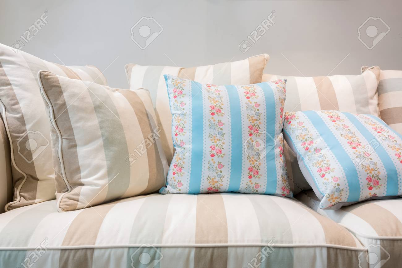 Earth Tones Color Pillows And Cushion On A Contemporary Style ...
