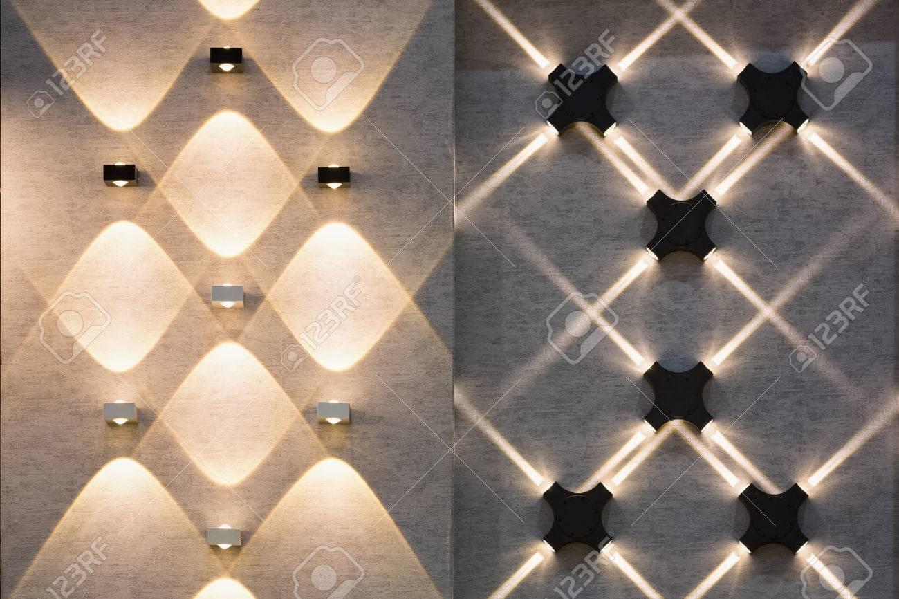 Decoratie Aan De Muur.Led Decoratie Lichten Idee Op De Muur Creeer Vorm Met Licht En Schaduw