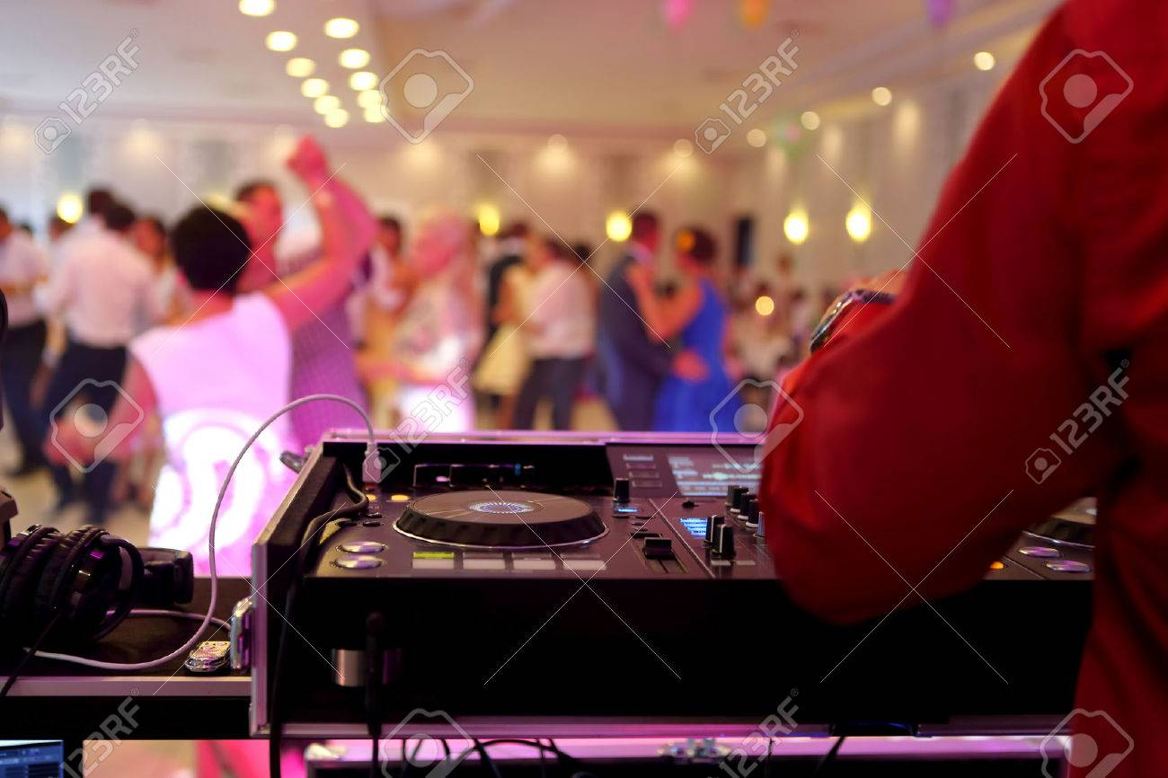 Dancing couples during the party or wedding celebration - 63123796