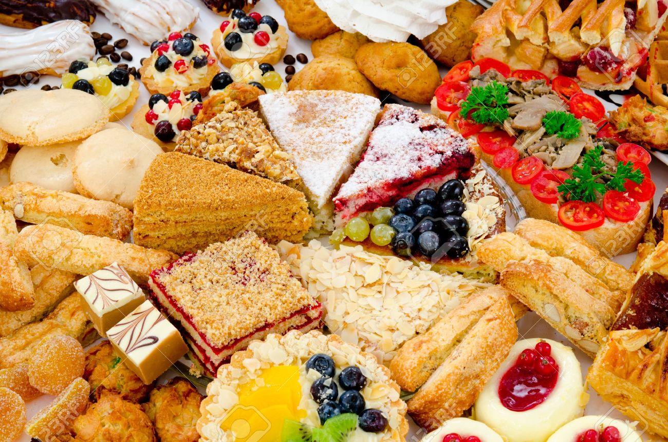Viele Verschiedene Arten Von Dessert Kuchen Sussigkeiten Und