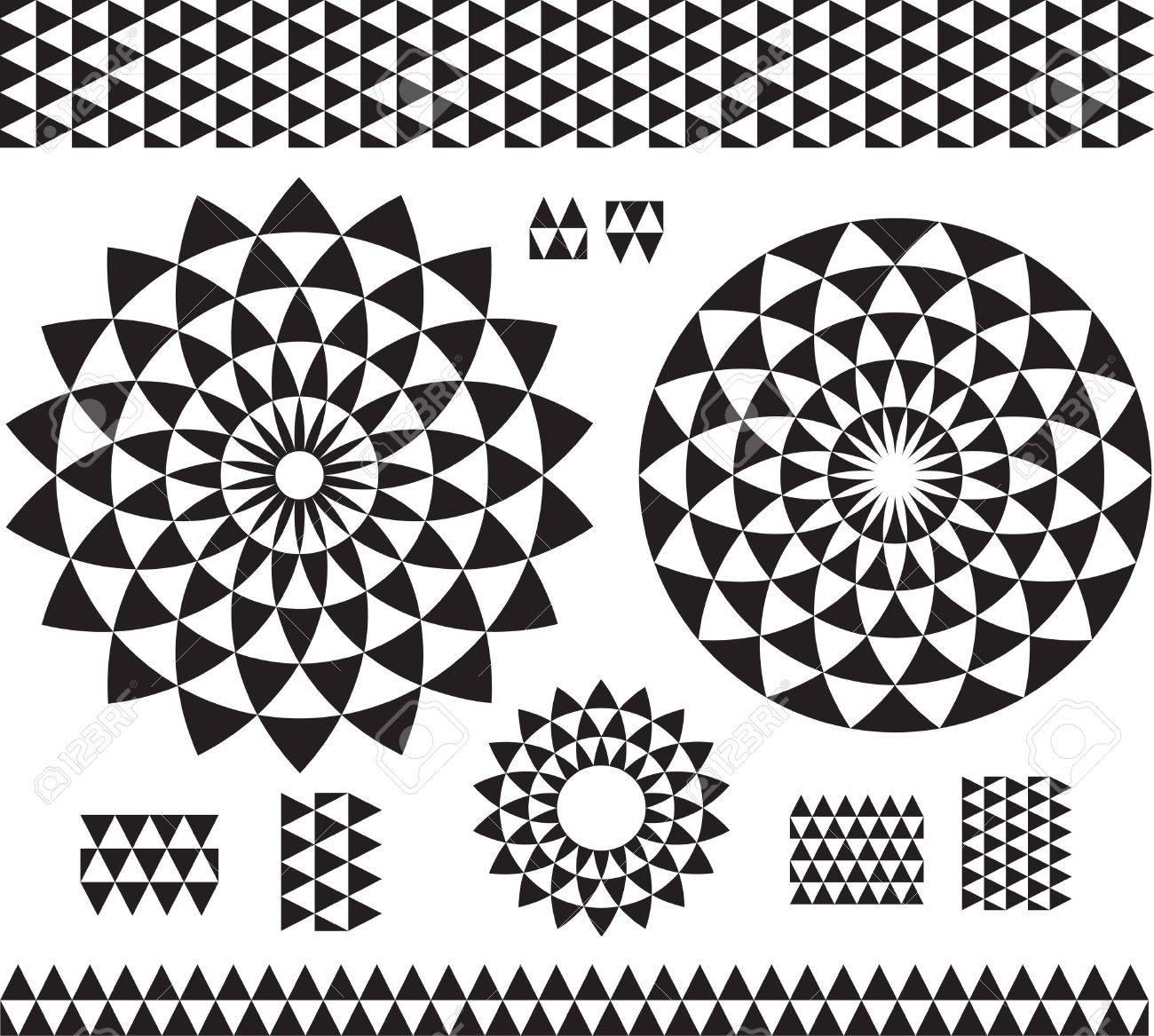 Round Ornament Pattern with pattern brash - 17833834