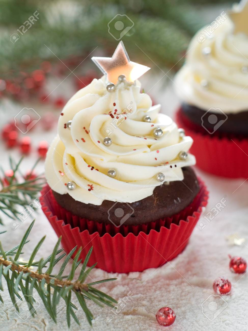 Gingerbread cupcake with christmas decoraton, selective focus Stock Photo - 23799851