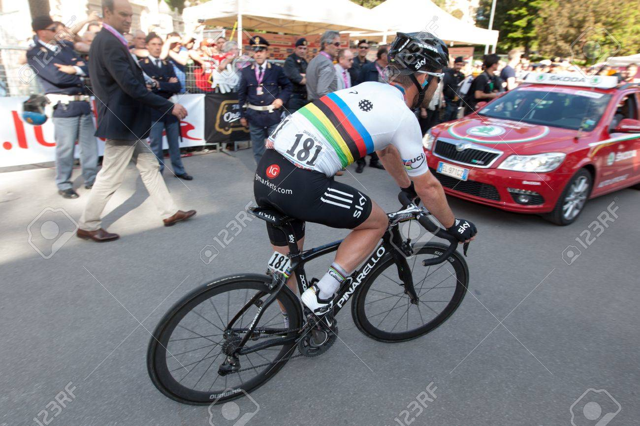 MONTECATINI TERME, ITALY - MAY 16: Mark Cavendish, Team Sky, after  the 11th stage of 2012 Giro d'Italia on May 16, 2012 in Montecatini Terme, Italy Stock Photo - 13685664