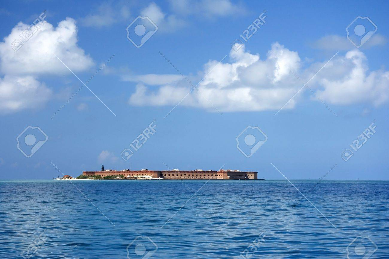Fort Jefferson in Dry Tortugas National Park, Florida Keys Stock Photo - 7077642
