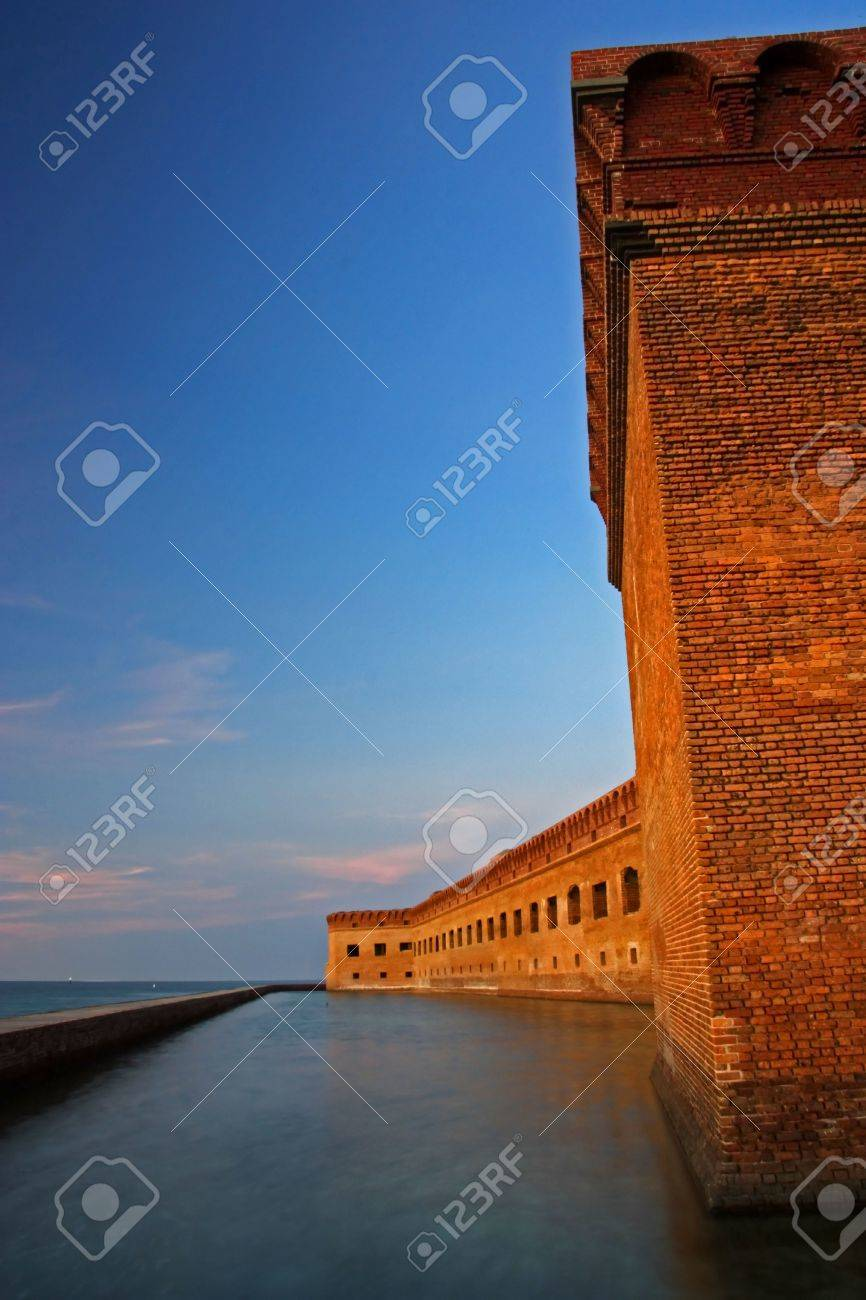 Fort Jefferson at Sunset, Dry Tortugas National Park Stock Photo - 12711935