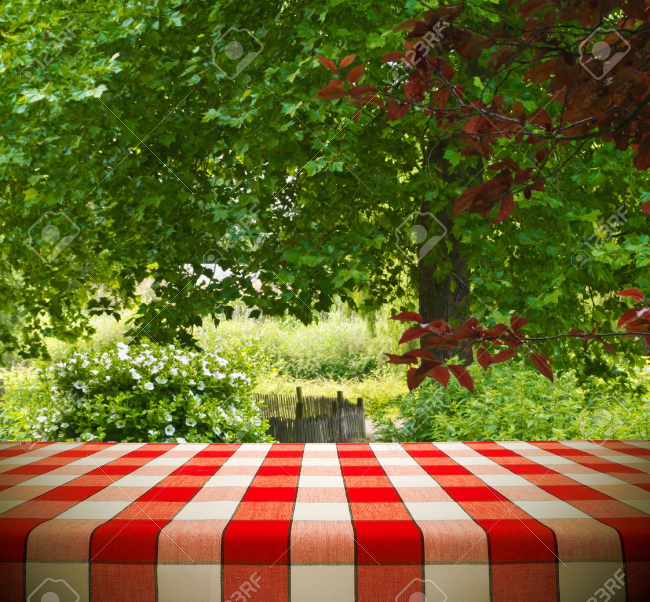 Picnic table background - Picnic Tables Picnic Table Template In Garden Stock Photo