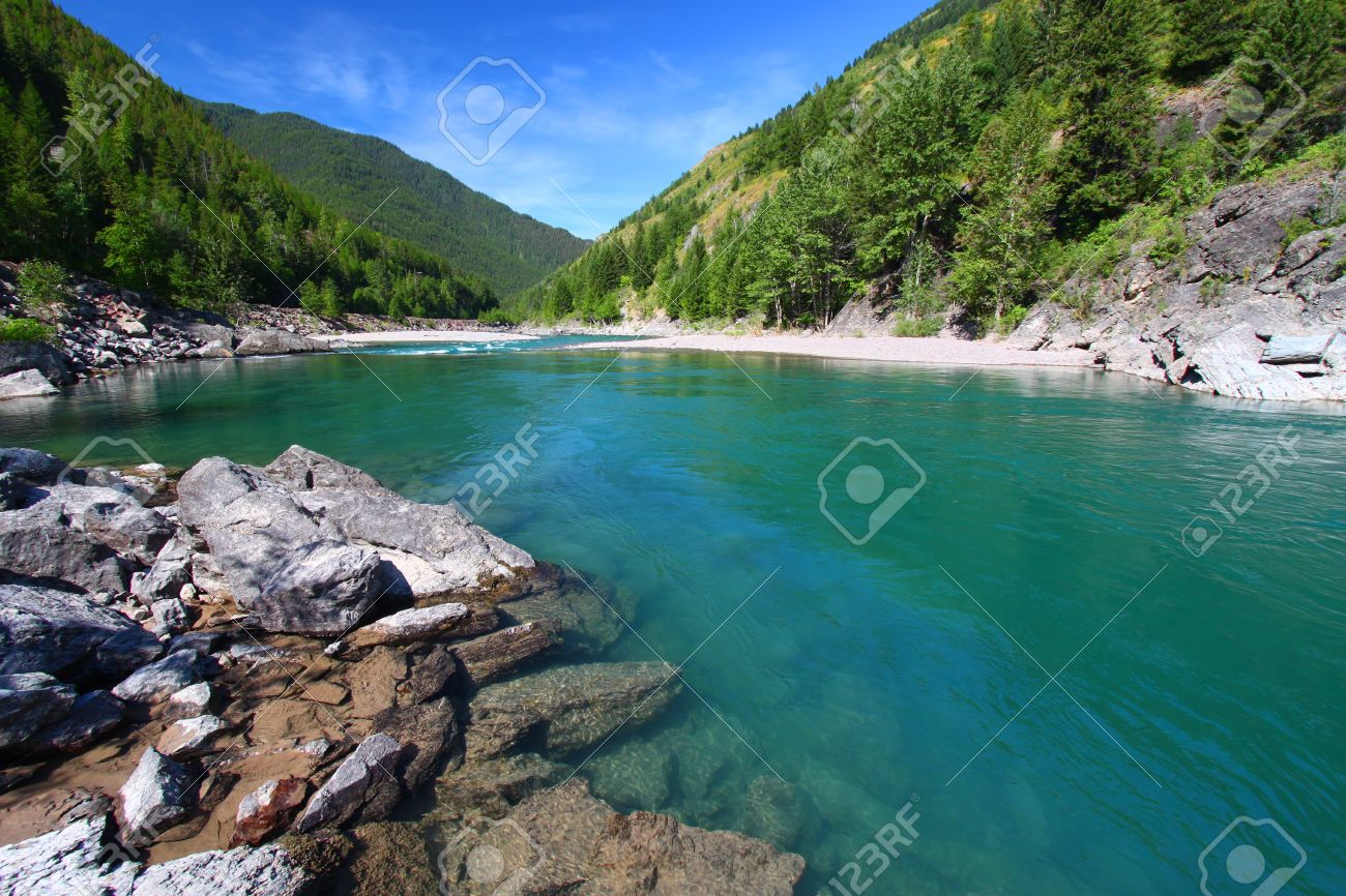 Turquoise waters of the Middle Fork Flathead River in Montana Stock Photo - 10428279